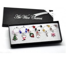 CHRISTMAS WINE GLASS TABLE DECORATIONS